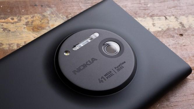 Từng có thời điểm camera iPhone và Sony Xperia không thể địch lại bộ đôi ống kính Zeiss và PureView trên smartphone Lumia. Ảnh:Nokia.