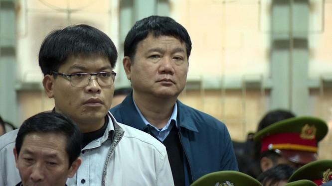 Ông Đinh La Thăng tại tòa. Nguồn: Tuổi trẻ