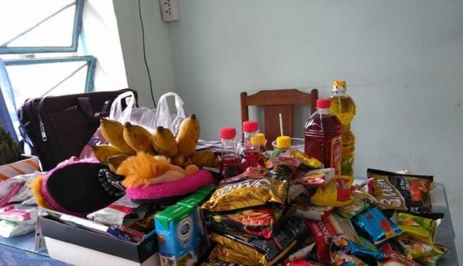 Tất cả những món quà học sinh tặng thầy giáo nhân ngày sinh nhật