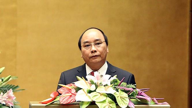 Thủ tướng yêu cầu nâng cao hiệu quả sử dụng nợ công nghiêm túc