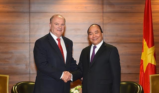 Thủ tướng Nguyễn Xuân Phúc gặp gỡ Chủ tịch Đảng Cộng sản Liên bang Nga