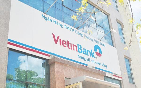 Việc ngân hàng giữ lại cổ tức cần phải được xem xét kỹ lưỡng.q