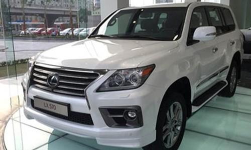 Số lượng xe ôtô dưới 9 chỗ ngồi tăng mạnh trong tháng cuối cùng trước khi luật thuế mới có hiệu lực.