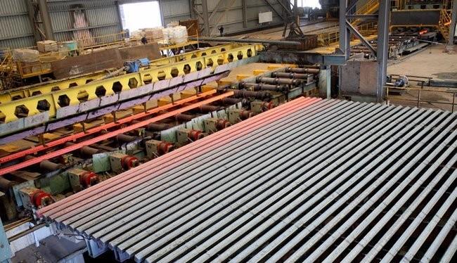 Sản xuất phôi thép tại công ty Pomina - Ảnh: Văn Nam