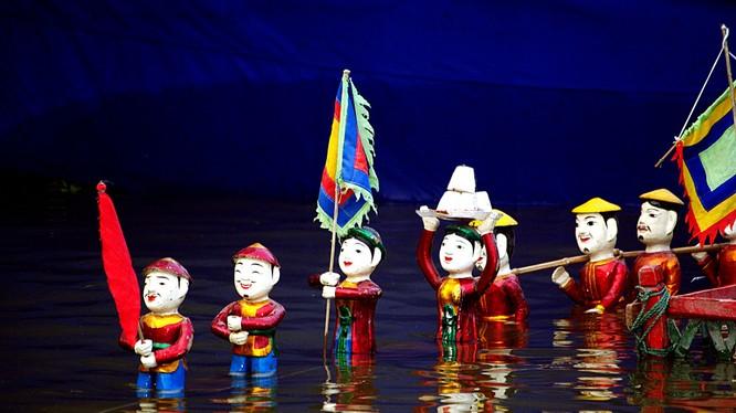 Trong ba ngày, từ 30, 31/1 và 1/2 (tức mồng 3,4,5 Tết Đinh Dậu) tại Hoàng thành Thăng Long sẽ diễn ra chương trình biểu diễn múa rối nước
