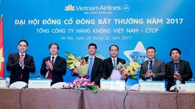 ĐHĐCĐ VietNam Airline đã thông qua kế hoạch bán và thuê lại máy bay để giảm hệ số nợ/vốn chủ sở hữu