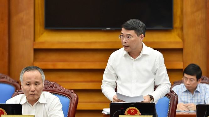 Thống đốc NHNN Lê Minh Hưng phát biểu tại phiên họp. - Ảnh: VGP/Nhật Bắc