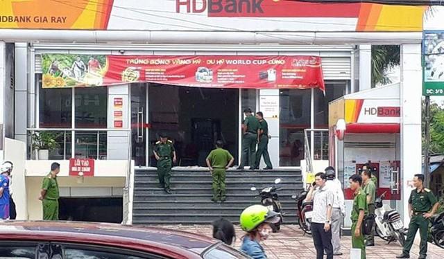 Công an phong tỏa hiện trường sau khi xảy ra vụ cướp - Ảnh: FB Người Đồng Nai
