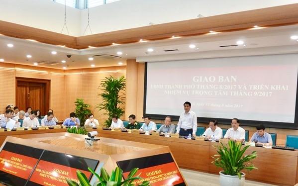 Chủ tịch UBND TP. Hà Nội Nguyễn Đức Chung đã chủ trì hội nghị giao ban - Ảnh: VGP