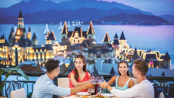 Lễ hội Vinpearl Festive Holidays