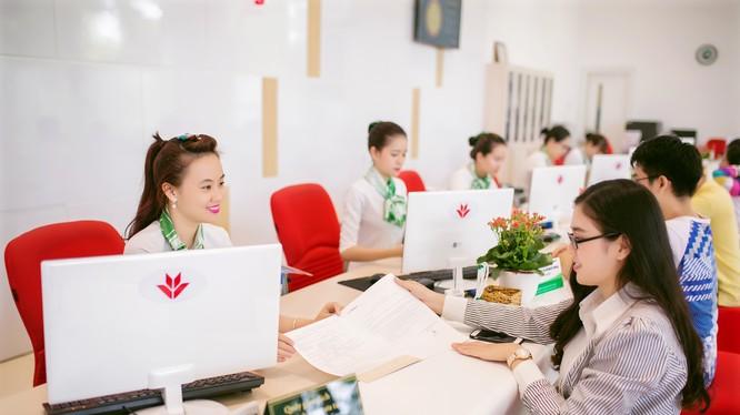 Ngân hàng mẹ VPBank đóng góp với mức lợi nhuận trước thuế hơn 3.800 tỷ đồng.
