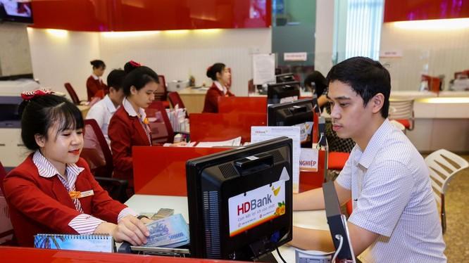 HDBank nhận2 giải: Dịch vụ quản lý tiền mặt tốt nhất và Tài trợ thương mại tốt nhất Việt Nam từ tổ chức Asiamoney