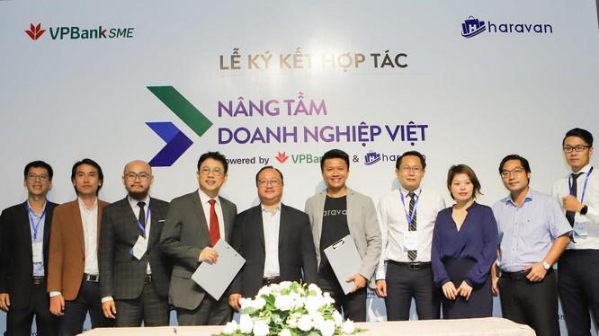 Lễ ký kết hợp tác giữa VPBankSME và Haravan