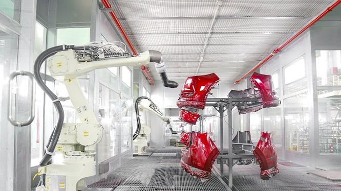 Dây chuyền robot sơn linh kiện nhựa