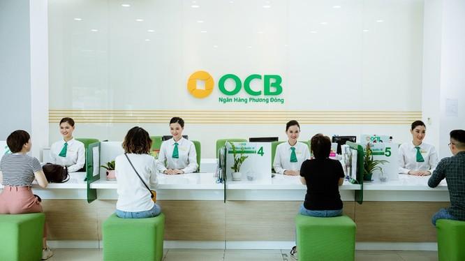 Từ ngày 10/6 -10/9, bất kỳ khách hàng nào gửi tiết kiệm dịp này đều được OCB tặng quà ngay tại quầy và cấp mã số dự thưởng