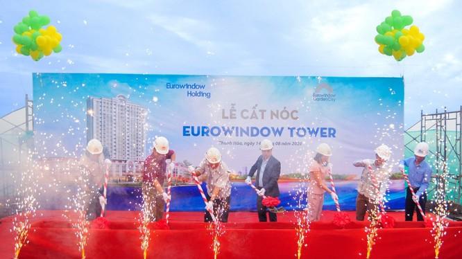 Eurowindow Tower đã chính thức cất nóc vào ngày 14/08/2020