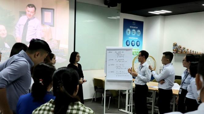 Đào tạo nhân sự là việc làm thường xuyên của Nova Group
