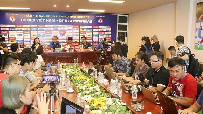 """HLV Velizar Popov cho rằng: """"U23 Việt Nam là ứng viên sáng giá cho chiếc HCV SEA Games 30 cuối năm nay (ảnh Báo Phú Thọ)"""