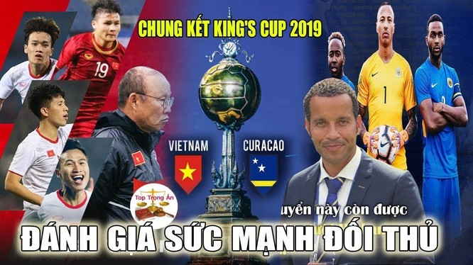 HLV Remko Bicentini và các học trò đã vô địch King's Cup 2019 (ảnh VietTimes)