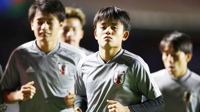 """""""Messi Nhật"""" Kubo và các chiến binh Samurai đã thất trận vì không biết cách tận dụng được cơ hội ghi bàn (ảnh CNN)"""