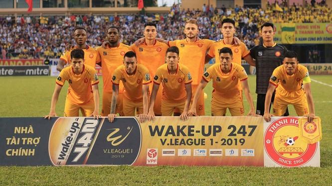 13 lượt đi V.League 2019 của Thanh Hóa được chia làm 2 mảnh tối-sáng (ảnh VPF)