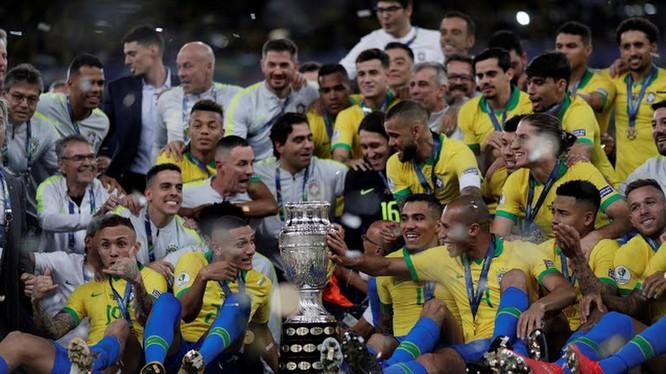 12 năm chờ đợi mòn mỏi, cuối cùng Brazil đã vô địch Copa America lần thứ 9 (ảnh AP)