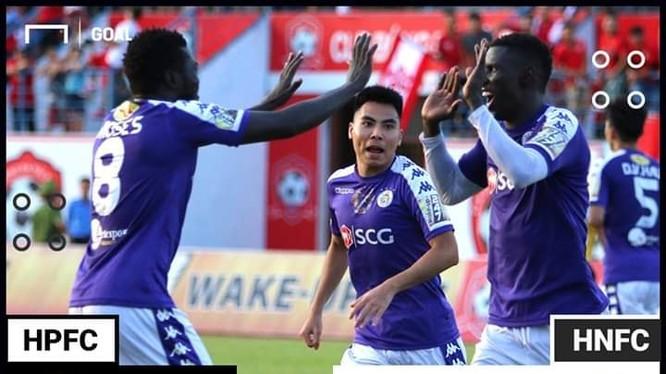 Với chiến thắng 2-1 trên sân Lạch Tray, đương kim vô địch Hà Nội đã trở lại ngôi đầu BXH (ảnh VietTimes)