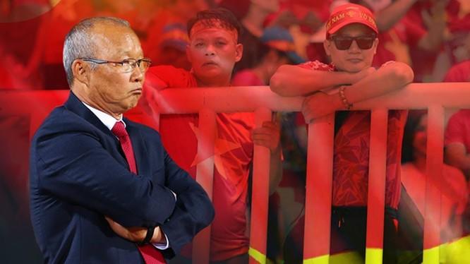 """HLV Park Hang-seo """"chọn Hải, loại Quyết"""" và người hâm mộ Việt Nam tôn trọng quyết định của ông. Ảnh Viettimes."""