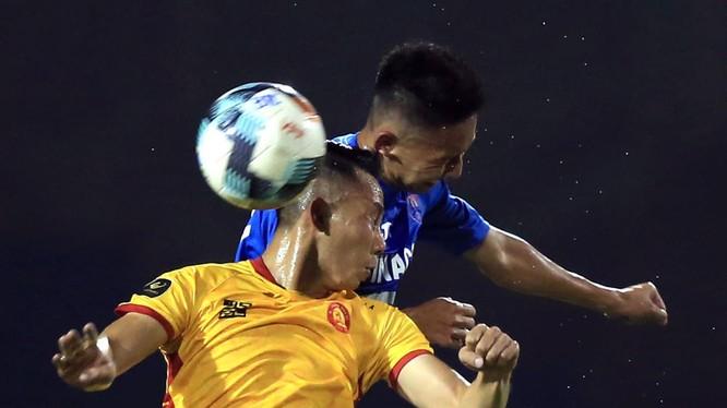 HAGL, Viettel đã giành chiến thắng, vô tình tạo sức ép cho Thanh Hóa. Ảnh VPF.