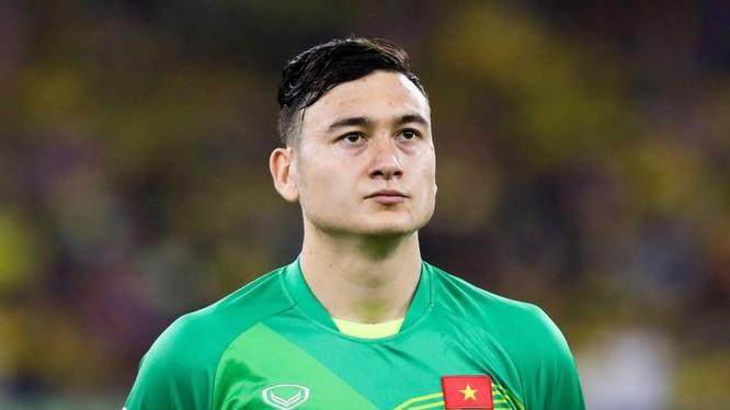 Thủ môn Đặng Văn Lâm vẫn đang là cầu thủ đắt giá nhất bóng đá Việt Nam khi giá trị chuyển nhượng lên tới 300.000 euro (khoảng 7,6 tỷ VNĐ). Ảnh VPF.