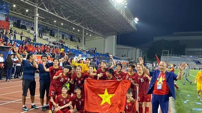 Đội tuyển nữ vô địch SEA Games lần thứ 6. Ảnh VFF.