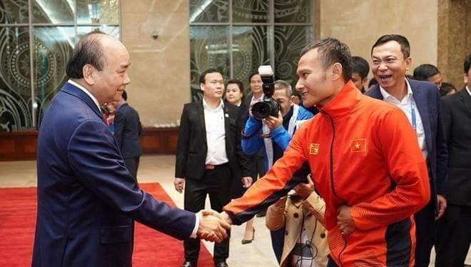 Với hai HCV AFF Cup 2018 và SEA Games 2019, Trọng Hoàng đã vượt qua Công Vinh, trở thành cầu thủ xứ Nghệ có được thành tích tốt nhất. (ảnh VFF)