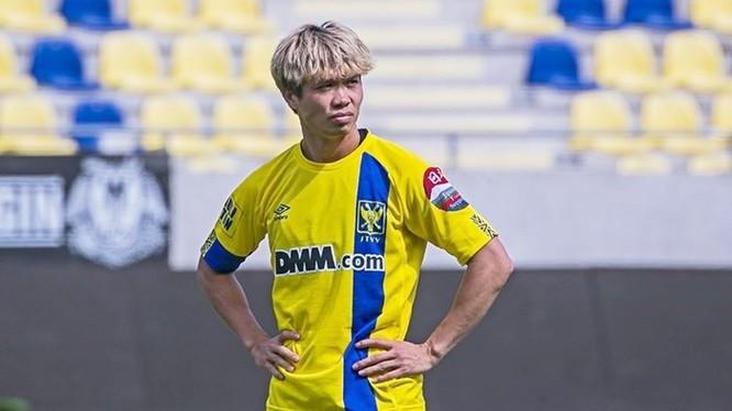 Công Phượng nên kết thúc hợp đồng trước 6 tháng về thi đấu cho TP.HCM hay tiếp tục kéo dài chuỗi ngày đáng quên? Ảnh Sint-Truidense.