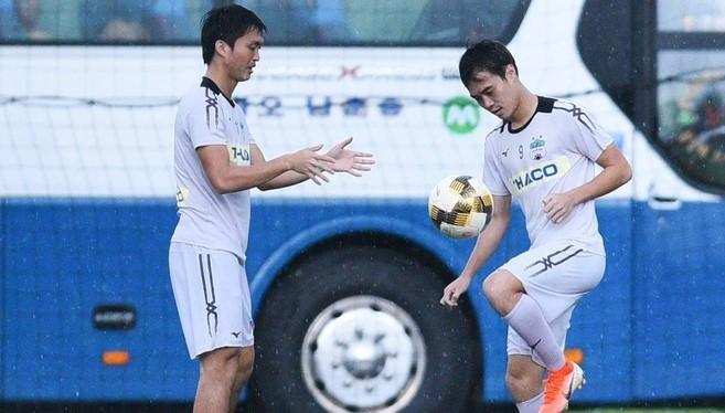 Với vị trí thứ 8, HAGL đã kết thúc mùa giải 2019 với thành tích tốt nhất kể từ khi lứa Công Phượng, Văn Toàn, Tuấn Anh thi đấu V.League. Ảnh HAGL FC.