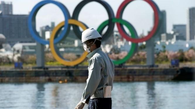 Duy nhất Thế vận hội Olympic 2020 là giải thể thao chưa bị tuyên bố hủy hoặc hoãn do đại dịch COVID-19. Ảnh CNN.