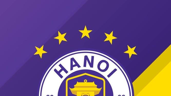 Ngoại trừ các cổ động viên thủ đô, phần lớn người hâm mộ sân cỏ không muốn thầy trò HLV Chu Đình Nghiêm tiếp tục vô địch V.League 2020. Ảnh HNFC.