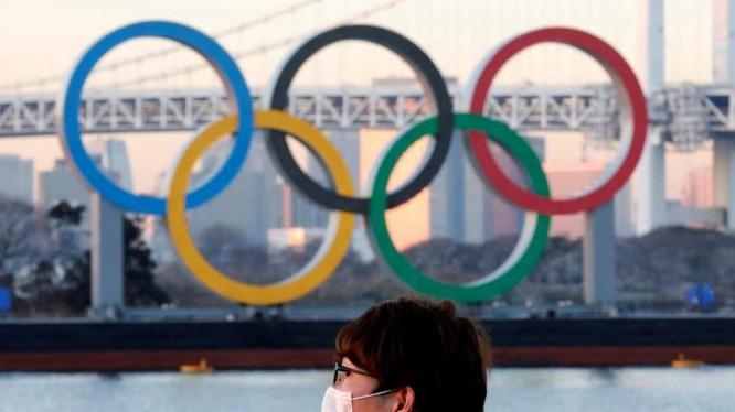 Đã có vận động viên dự Olympic 2020 đầu tiên dương tính Covid-19. Ảnh BBC