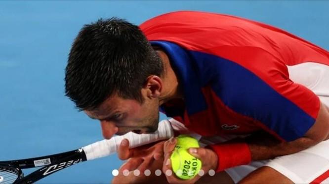 Novak Djokovic trắng tay tại Olympic 2020. Ảnh AP