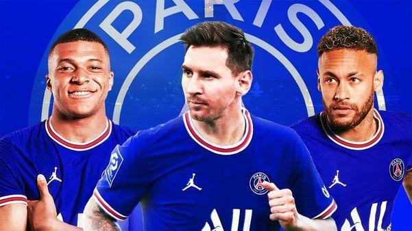 2 cánh sẽ là Messi, Neymar còn trung phong Mbappe sẽ đá cao nhất trong sơ đồ chiến thuật 4-3-3. Ảnh AP.