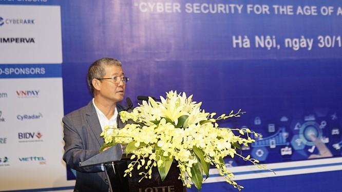 Thứ trưởng Bộ TT&TT Nguyễn Thành Hưng phát biểu tại Hội thảo