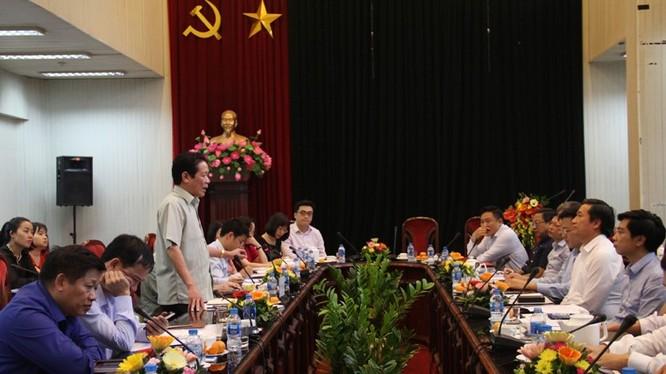Thứ trưởng Hoàng Vĩnh Bảo phát biểu tại buổi làm việc với Báo Nhân dân