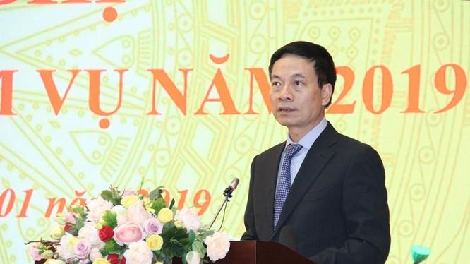 Bộ trưởng Nguyễn Mạnh Hùng phát biểu tại hội nghị.