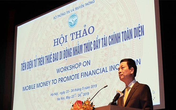 Bộ trưởng Nguyễn Mạnh Hùng phát biểu tại Hội thảo.