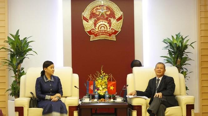 Thứ trưởng Nguyễn Thành Hưng tiếp bà H.E Prak Channoy, Quốc Vụ khanh Campuchia.