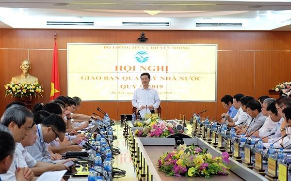 Bộ trưởng Nguyễn Mạnh Hùng phát biểu chỉ đạo Hội nghị
