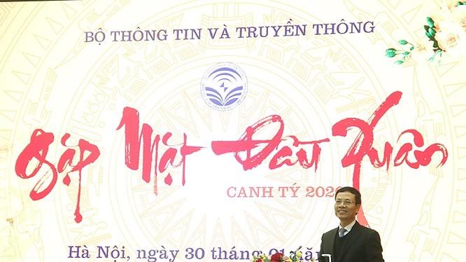 Bộ trưởng Bộ TT&TT Nguyễn Mạnh Hùng phát biểu tại buổi gặp mặt đầu năm
