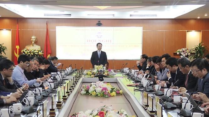 Bộ trưởng Bộ TT&TT Nguyễn Mạnh Hùng phát biểu tại Hội nghị.