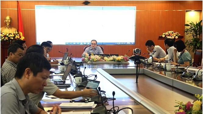 Thứ trưởng Phan Tâm phát biểu tại cuộc họp. Ảnh MIC.
