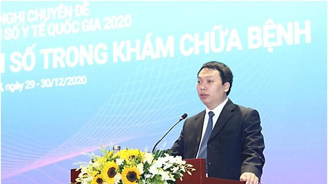 Thứ trưởng Nguyễn Huy Dũng phát biểu tại phiên họp. Ảnh Mic