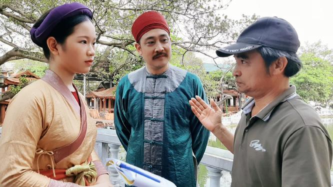 Đạo diễn Nguyễn Văn Đức và các diễn viên phim